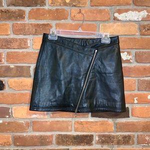 Wilson's Leather Maxima Zipper Mini Skirt Size 6